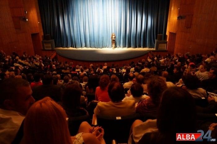 festival teatru povesti