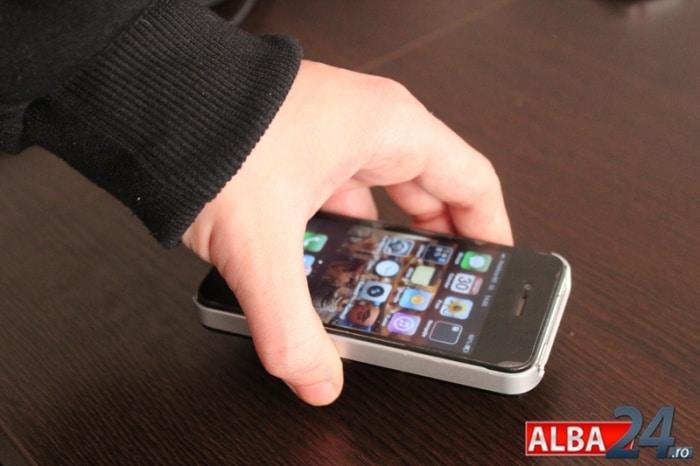 furt telefon mobil