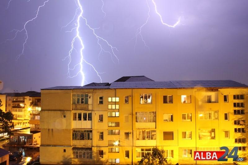 furtuna blocuri fulger
