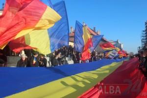 steaguri mari tricolor 1 decembrie