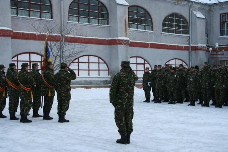 militari iarna 2