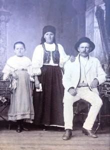 FAMILIA ANDRESEL
