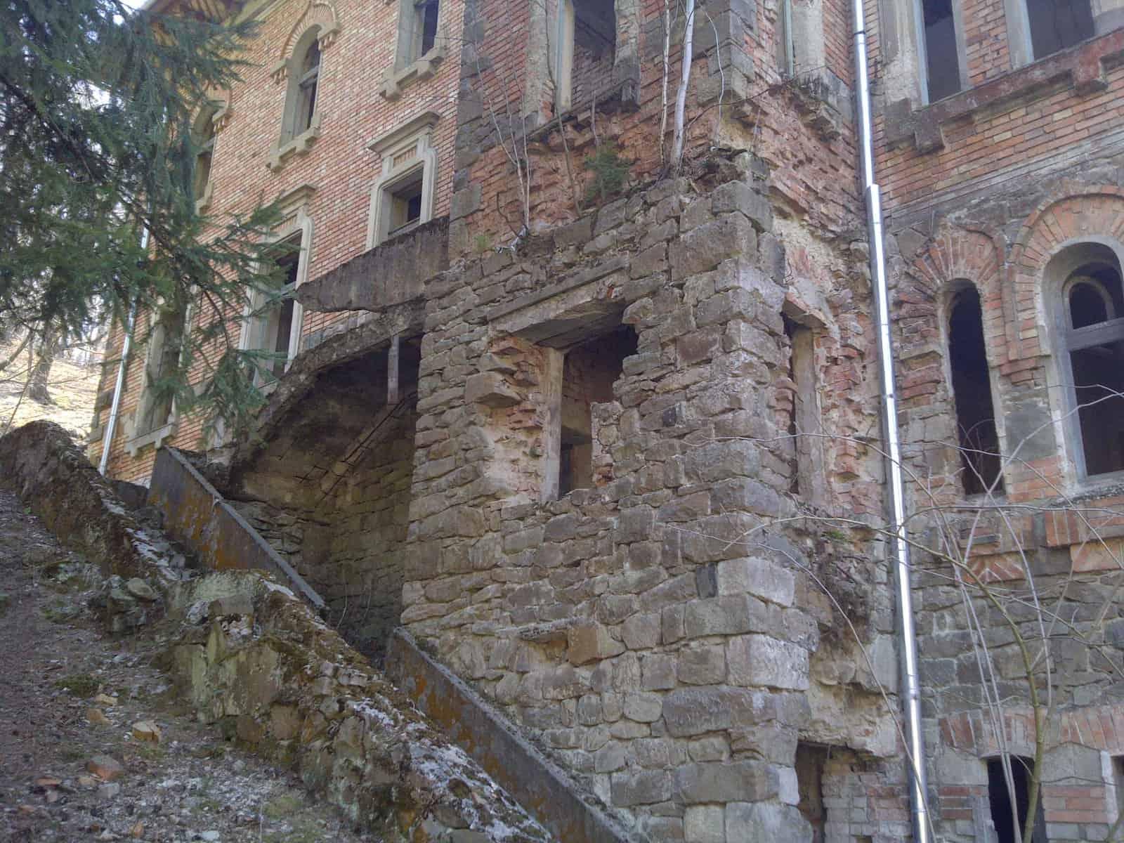 castel zlatna (2)