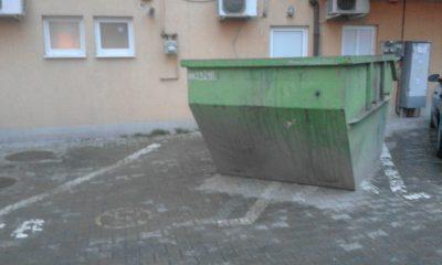 container loc parcare