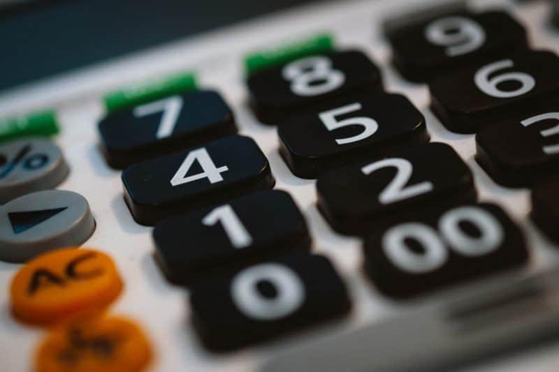 calculator finante economie
