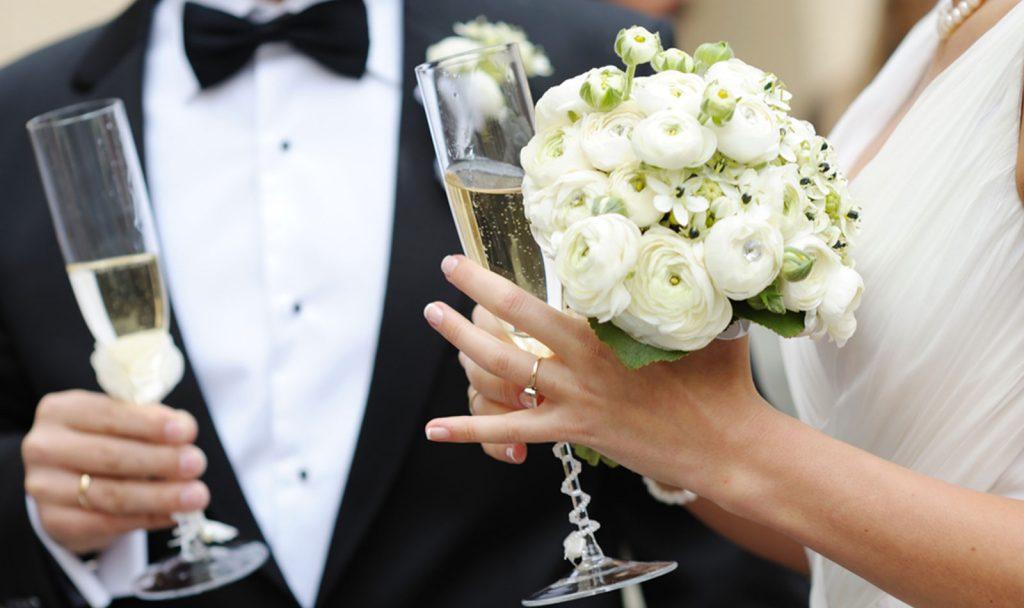 Sezonul nunților, afectat grav de coronavirus. Căsătoriile din Alba, programate în mai, amânate pentru toamnă sau peste doi ani