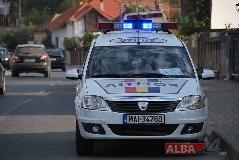 masina, politie, rutiera, alba
