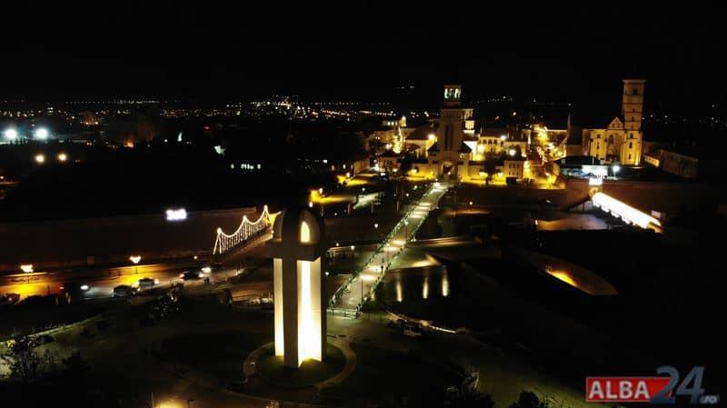 Monumentele istorice din Cetatea Alba Carolina, iluminate cu ajutorul unui sistem special. Cât costă și când încep lucrările