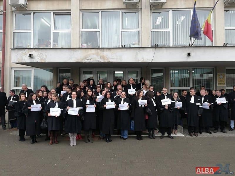 avocati protest