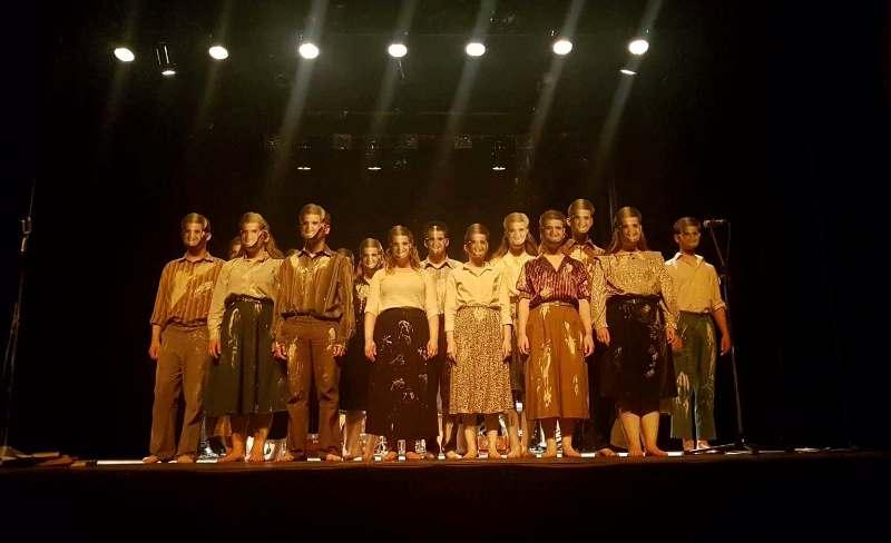 elevi aiud teatru franta