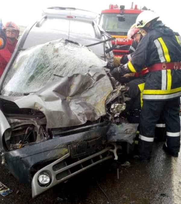 masina lovita accident