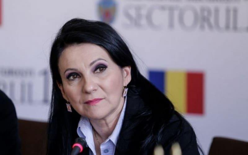 SURSE: Sorina Pintea, fost ministru al Sănătății, prinsă în flagrant de DNA. Ar fi luat mită 120.000 de euro