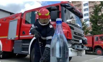 pompieri sticla apa