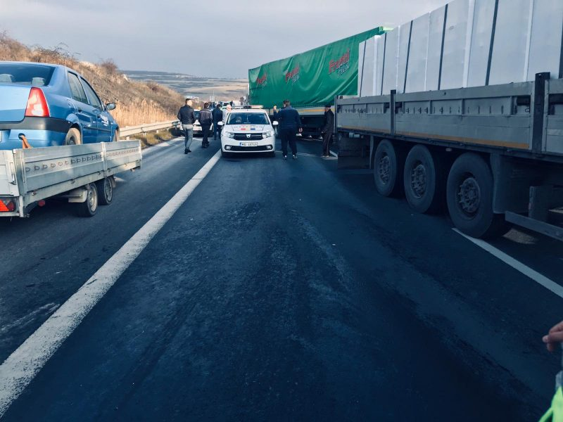 accident a1 trafic blocat tir