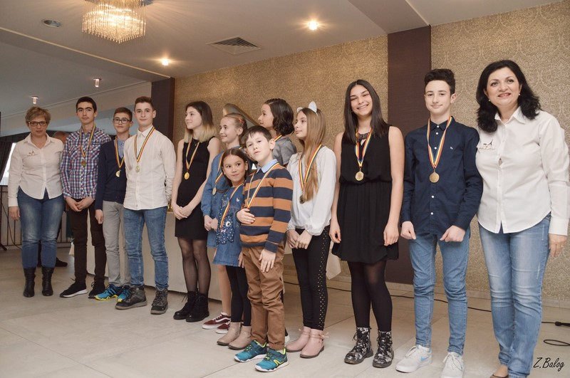 FOTO: Cei mai buni sportivi și antrenori din Aiud, premiați de primărie. LISTA performerilor