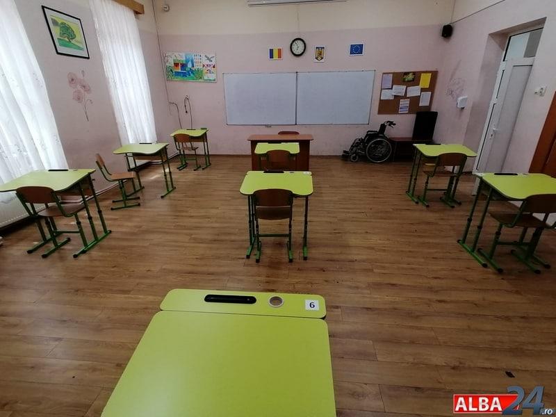 sala clasa pregatire examen